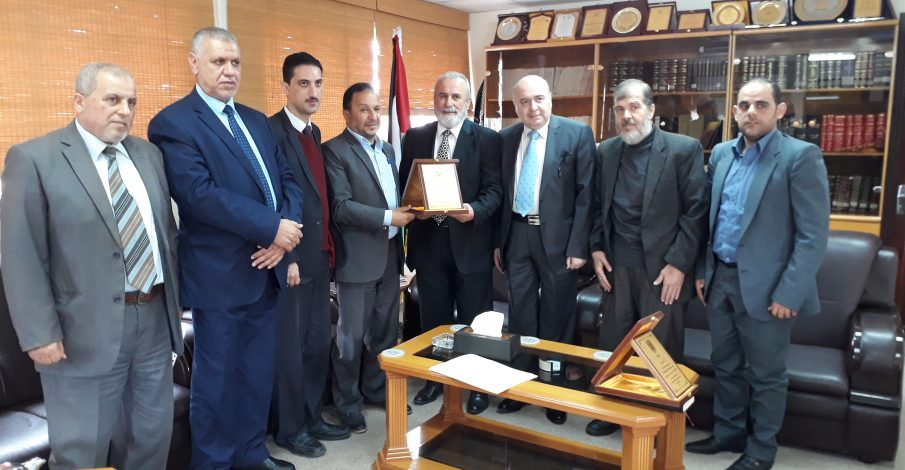بلدية غزة تُكرم رئيس المجلس والقاضي أبو مصبح