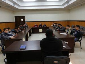 القضاء يلتقي بوفد من البرلمان الطلابي
