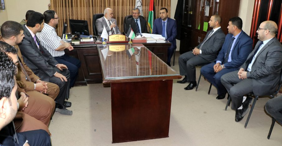 المستشار عابد يتفقد سير العمل في محكمتي صلح غزة والشمال