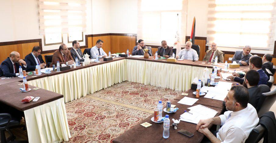 المستشار عابد يجتمع برؤساء المحاكم النظامية ورئيس تنفيذ غزة
